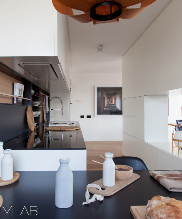 Barcelona-Diagonal-Mar-apartment-YLAB-Arq-3