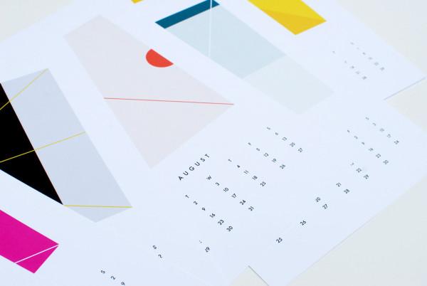 Calendar2016-11-Dozi-Colors-wall
