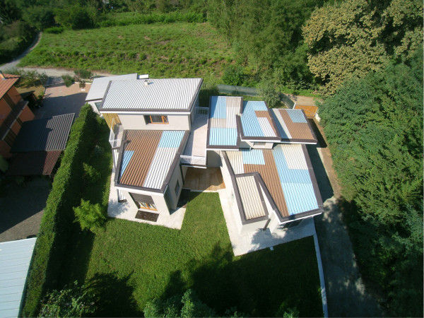 A House Designed to Show Up on Aerial & Satellite Photos