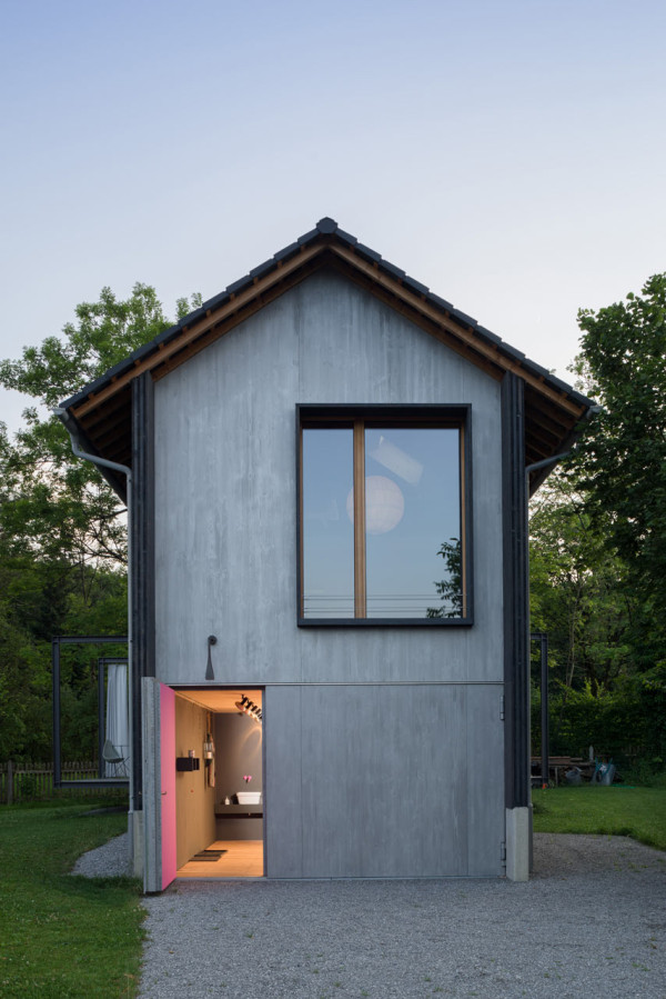 A Narrow House in the Bavarian Mountains