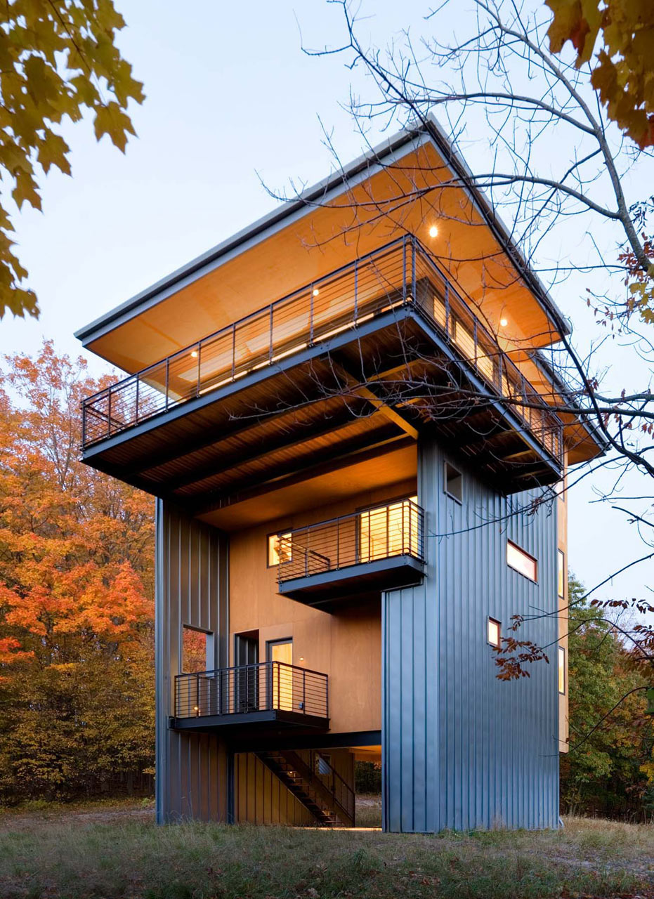 Modern Cabin Design this house isnt just an intriguing modern cabin design 10 Modern Cabin Designs