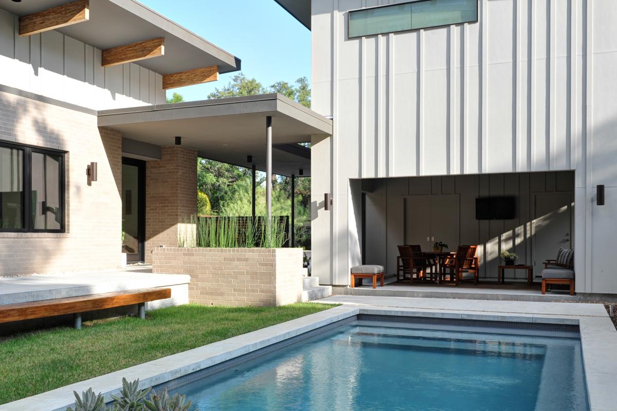 North Boulevard Home by studioMET