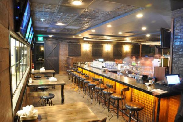 Restuarant-&-Bar-Hootan-&-Associates-Bosscat-Kitchen-and-Libations