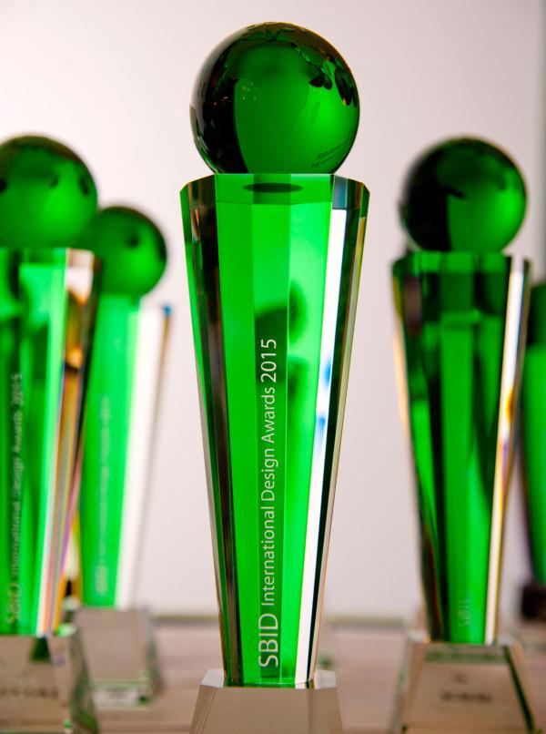 SBID_Awards_2015-Trophy