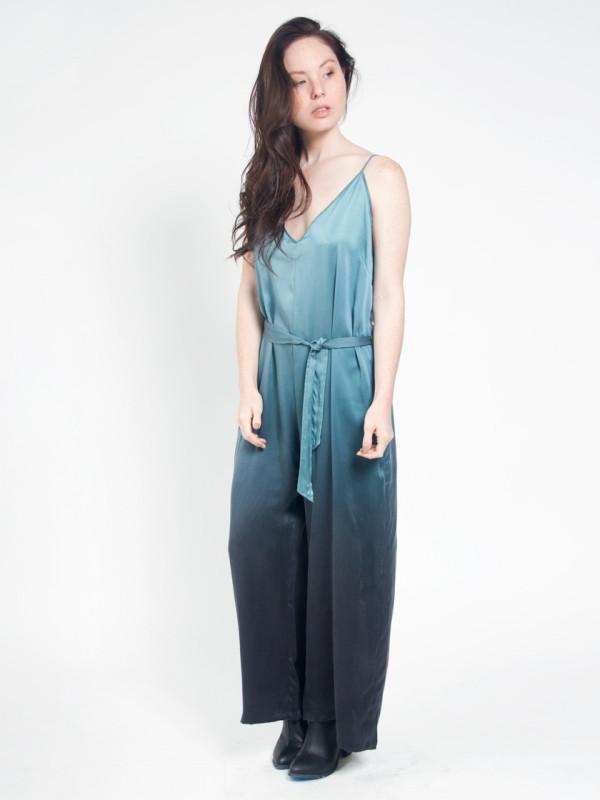 aurora-silk-jumpsuit-calico-print-all-over-me-07