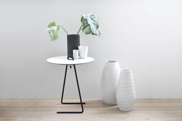 Nicholas-Oldroyd-NO.design-Sofabord-white