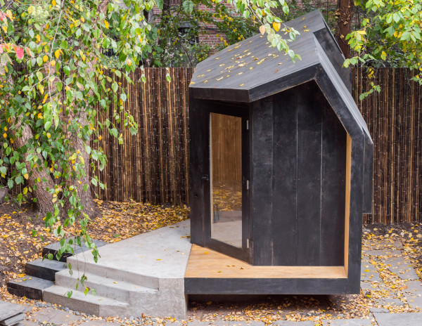 Escape The City With This Small, Modern Retreat