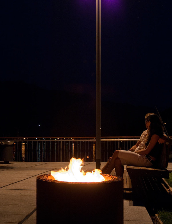 Ak47-Outdoor-Fire-Pit-10-mangiafuoco_rust