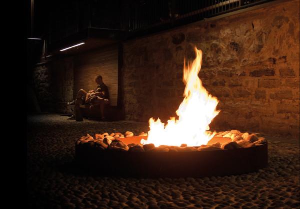 Ak47-Outdoor-Fire-Pit-8-zen