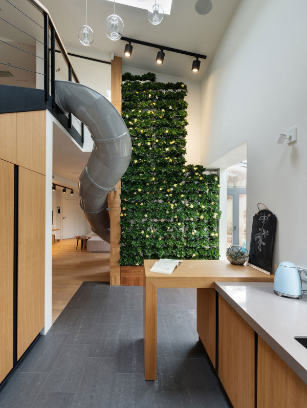 Apartment-with-a-slide-Ki-Design-Studio-2