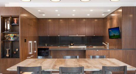 A Post-War Manhattan Apartment Gets a Contemporary Renovation