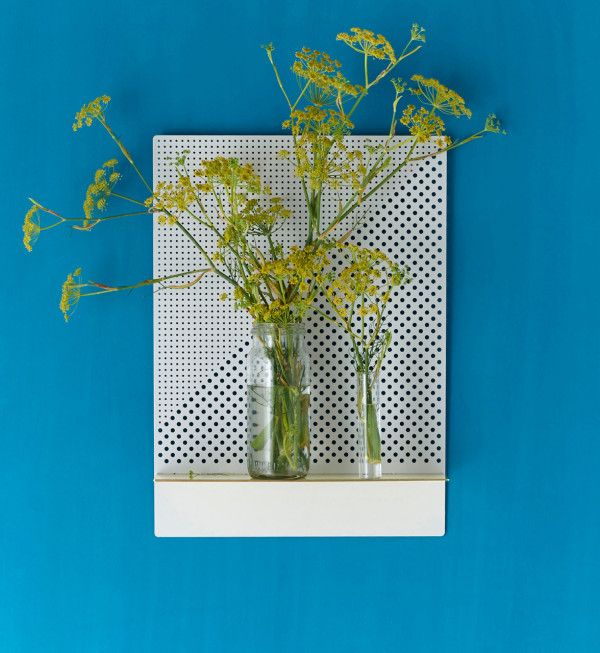 Bride-Wolfe-Mesh-Series-Shelves-4a