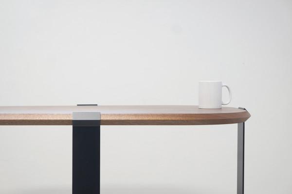 Mario-Alessiani-Carati-table-mug