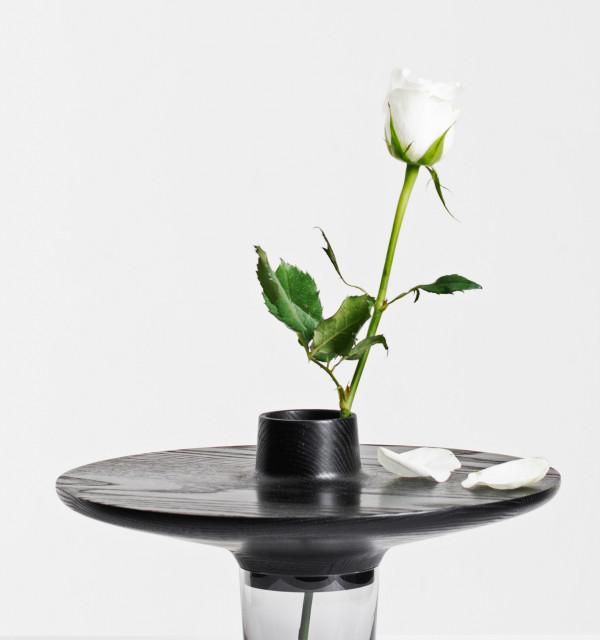 Daniel Schofield Studio- vase close 2