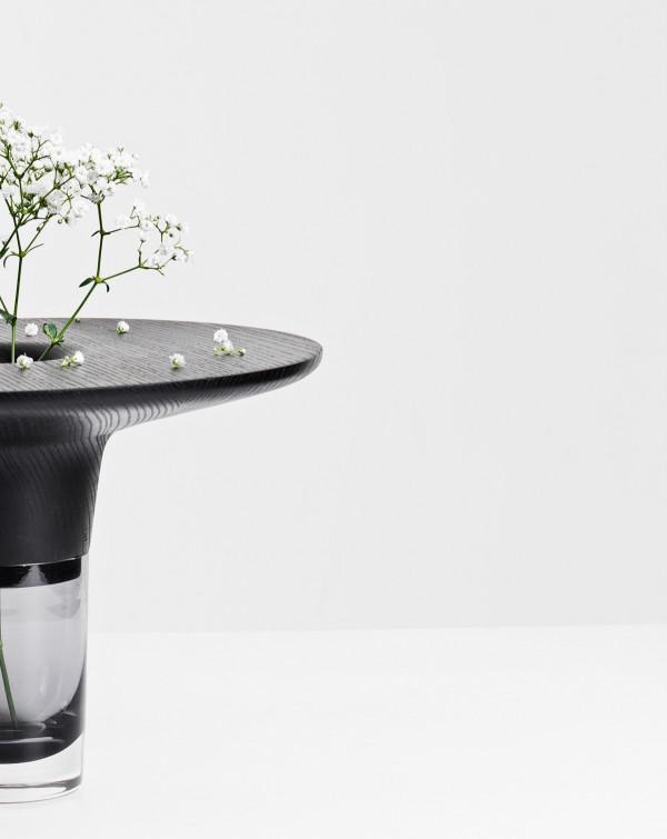 Daniel Schofield Studio- vase close 4