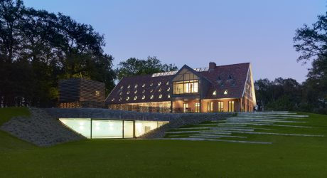 Hallenhaus: A Country House in Visbek, Germany