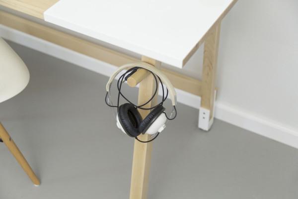 IdeaPaint-WorkShop-2-desk-artfox