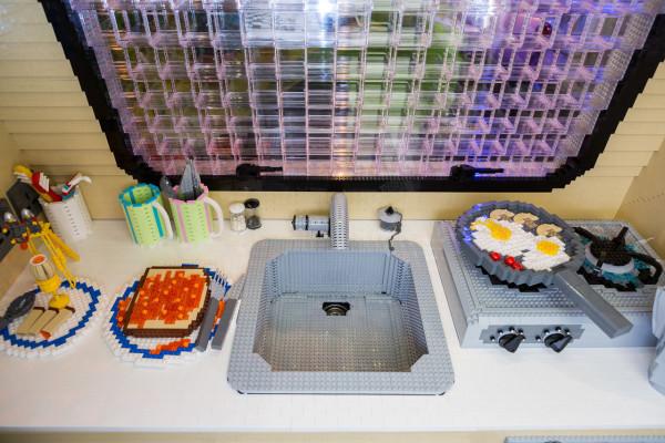 LEGO-brick-caravan-NCC-Bright-Bricks-6