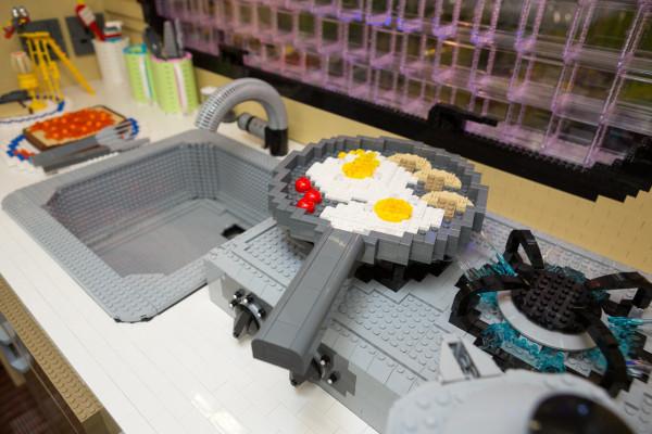 LEGO-brick-caravan-NCC-Bright-Bricks-8