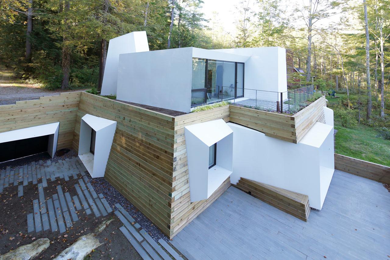 A Modern Lake House in Western Massachusetts