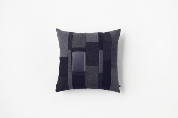 Nendo-Mobile-Cushion-by-n-1a