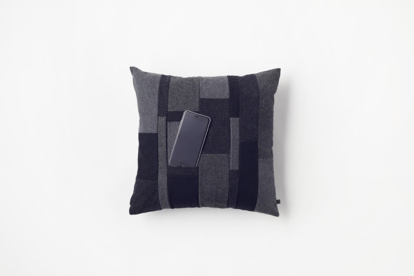 Nendo-Mobile-Cushion-by-n-1b