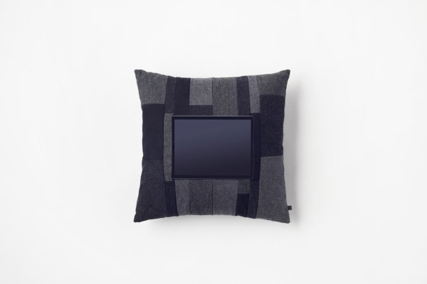 Nendo-Mobile-Cushion-by-n-9