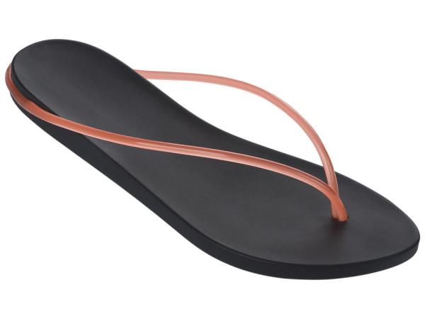 Phillipe-Starck-Ipanema-SS2016-Shoes-11