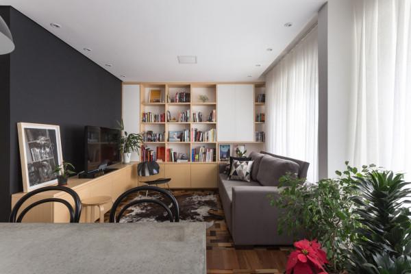 Renata-Ramos-Humaita-Apartment-2