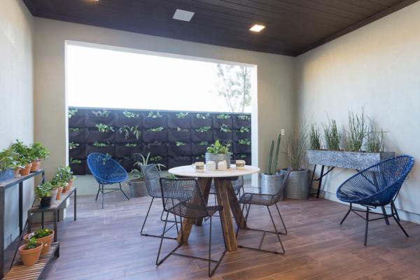 Contemporary farmhouse outdoor room