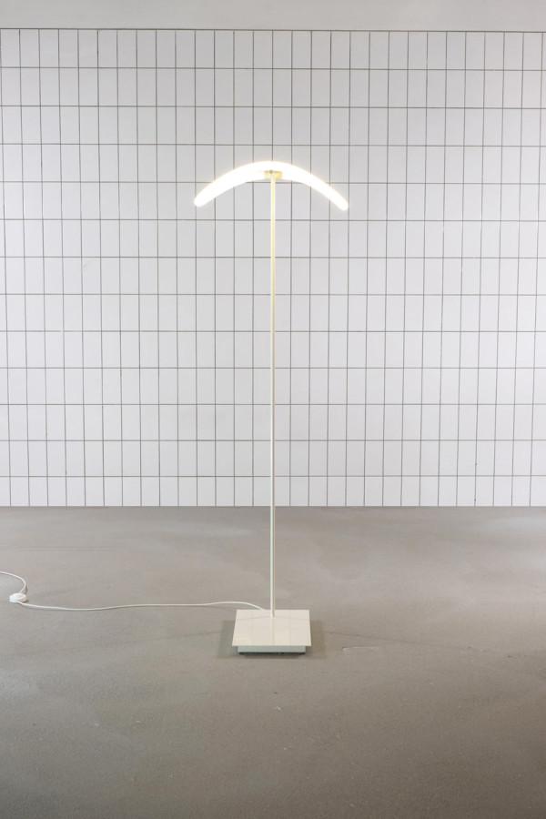 TrulyTruly-levity-light-4
