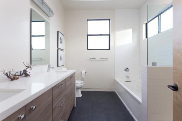 Burnette-House-Baran-Studio-Architecture-10-bath