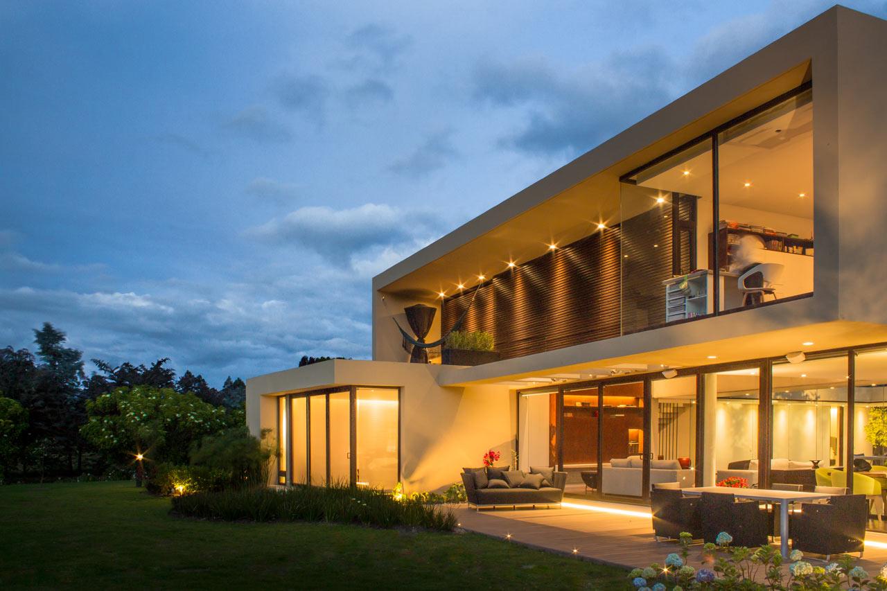 Casa5 arquitectura en estudio 3 design milk for Casa estudio arquitectura