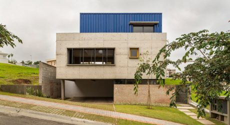 A Brazilian Residence Made with Three Different Materials