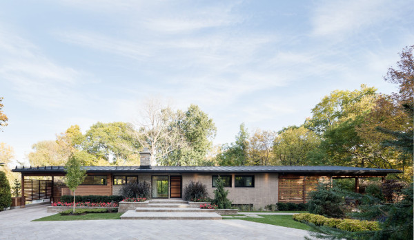 A House From the 60s Becomes Modern While Keeping its Soul