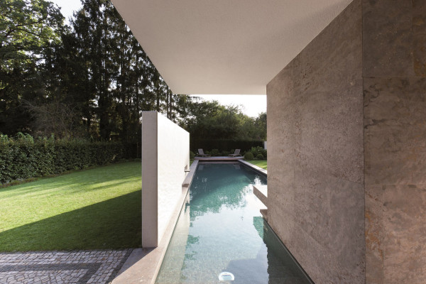 House-L-Stephan-Maria-Lang-3