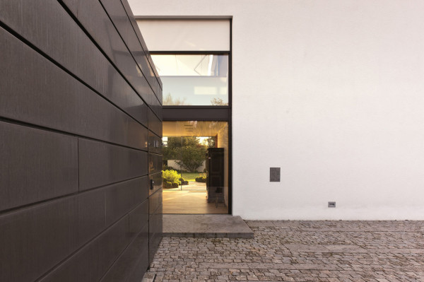 House-L-Stephan-Maria-Lang-5