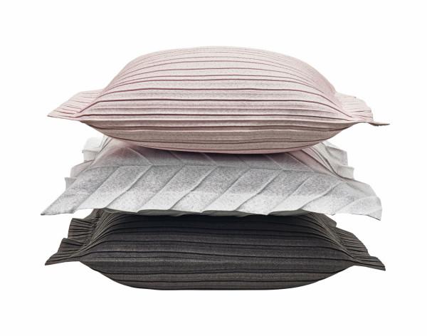Iittala-X-Issey-Miyake-Home-Collection-7-cushion