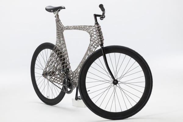Robots-3D-print-stainless-steel-bicycle-TU-Delft-2