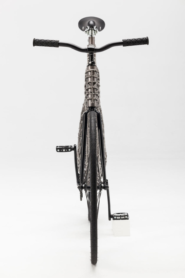 Robots-3D-print-stainless-steel-bicycle-TU-Delft-3
