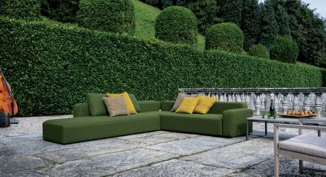 A Versatile, Adaptable Sofa for Outdoors