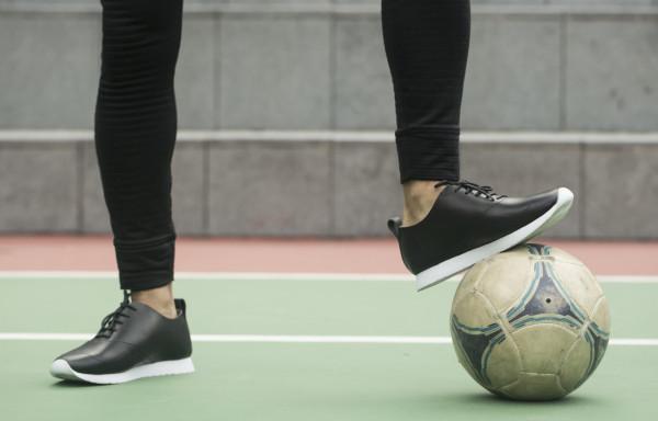 squarestreet-sq37-black-soccer