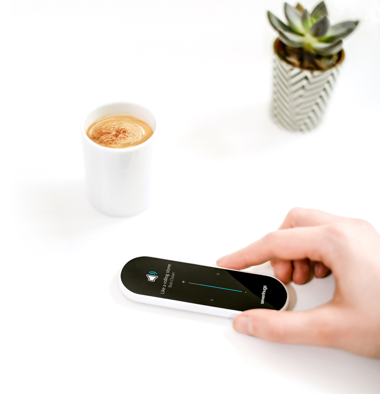 Sevenhugs Smart Remote Aims To Be Universally Accepted