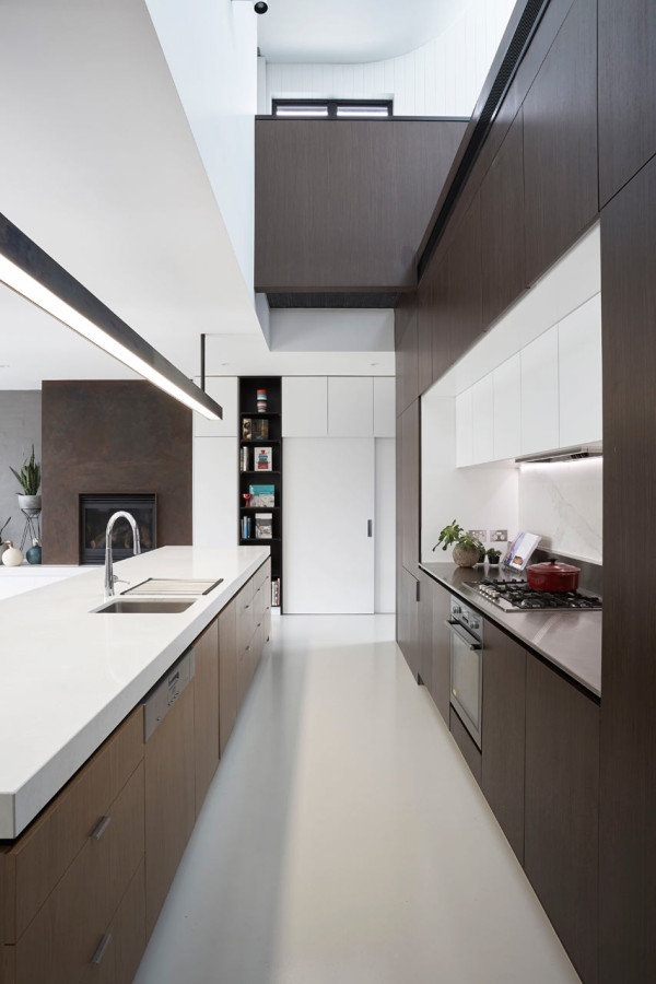 Taylor-Knights-St-Kilda-East-House-4-kitchen