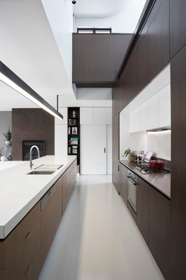 Taylor-Knights-St-Kilda-East-House-4-kitchen