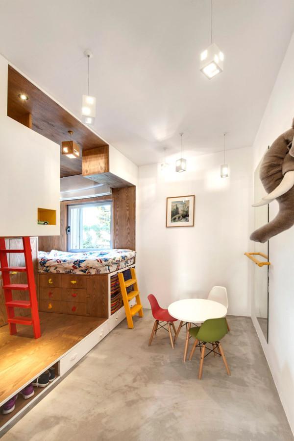 Toledano-architects-Duplex-Penthouse-10-child