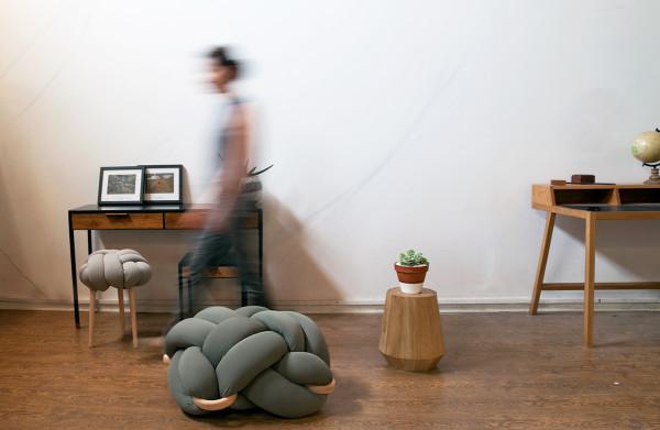 _grey knot stool + grey L knot cushion