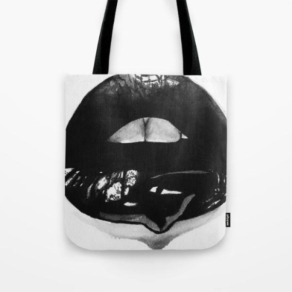 ink-lips-bags