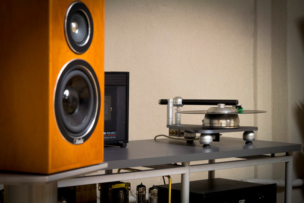 ATMO-SFERA-Platterless-Turntable-11