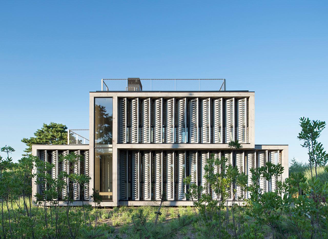 Amagansett Dunes by Bates Masi + Architects